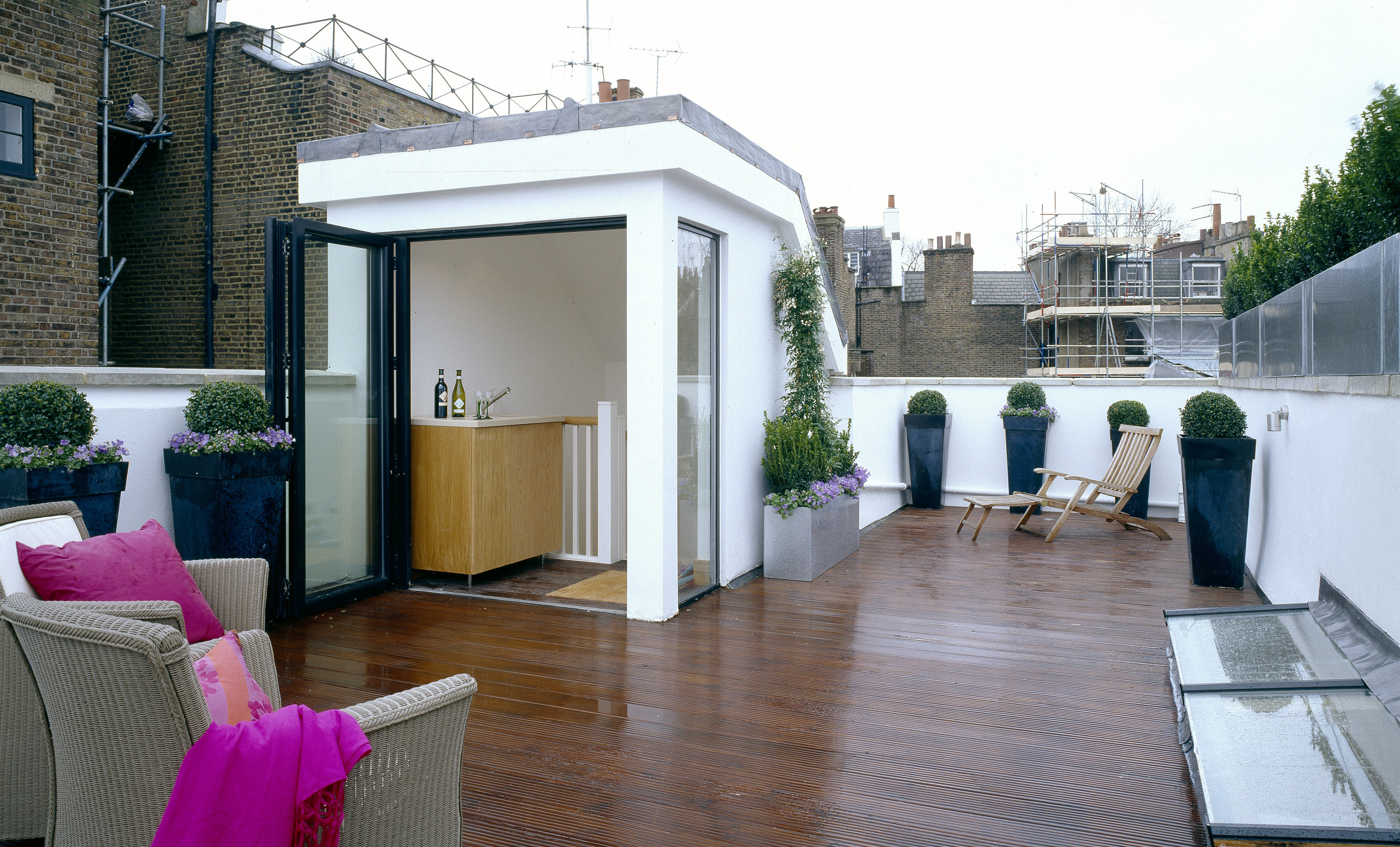 creativemass - roof terrace, decking, pink, roof lights, planters, minimal, bar