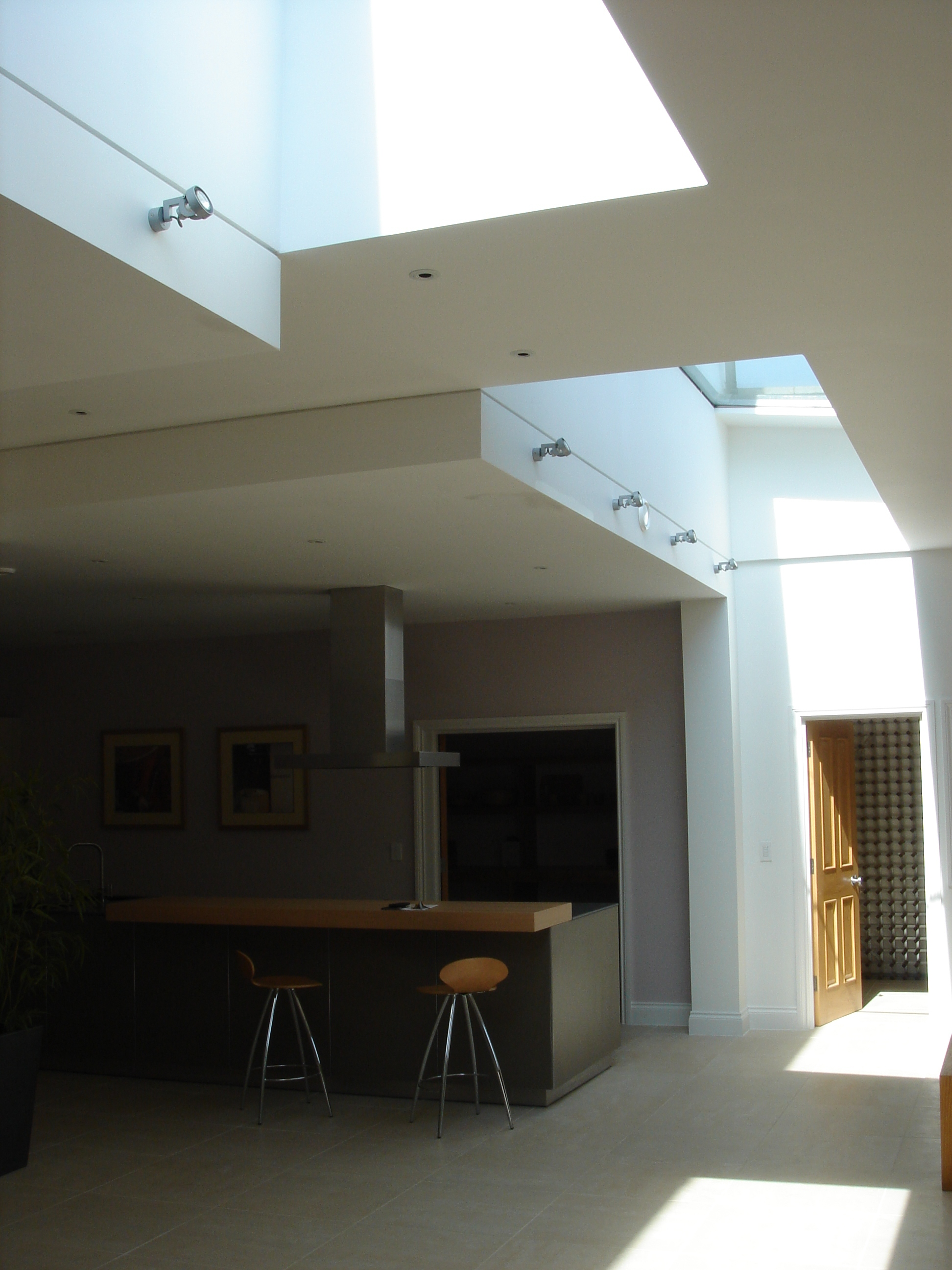 creativemass - roof light, extension, natural light, shadows, kitchen, London