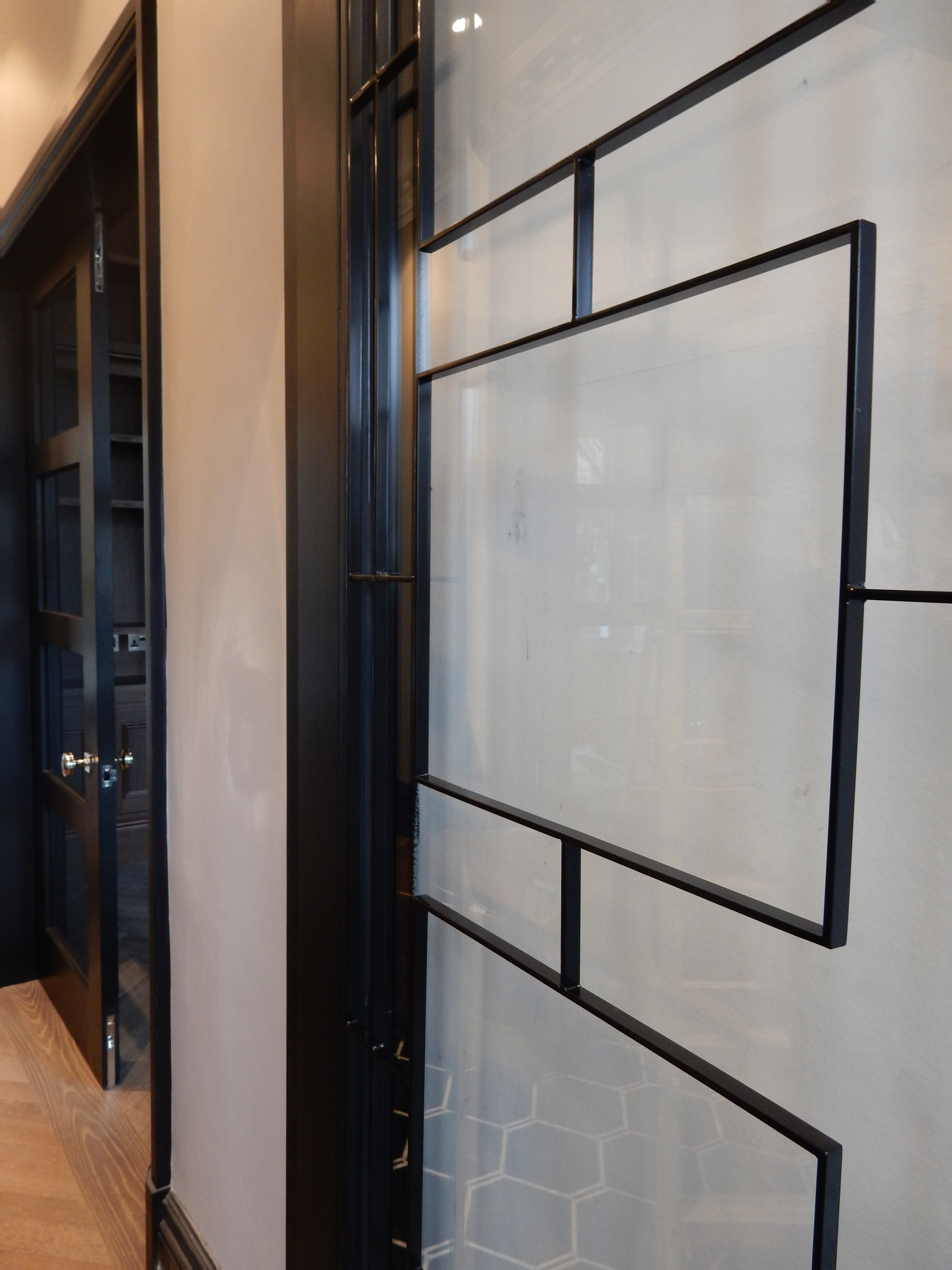 creativemass - bespoke doors, glazing, black metal, London