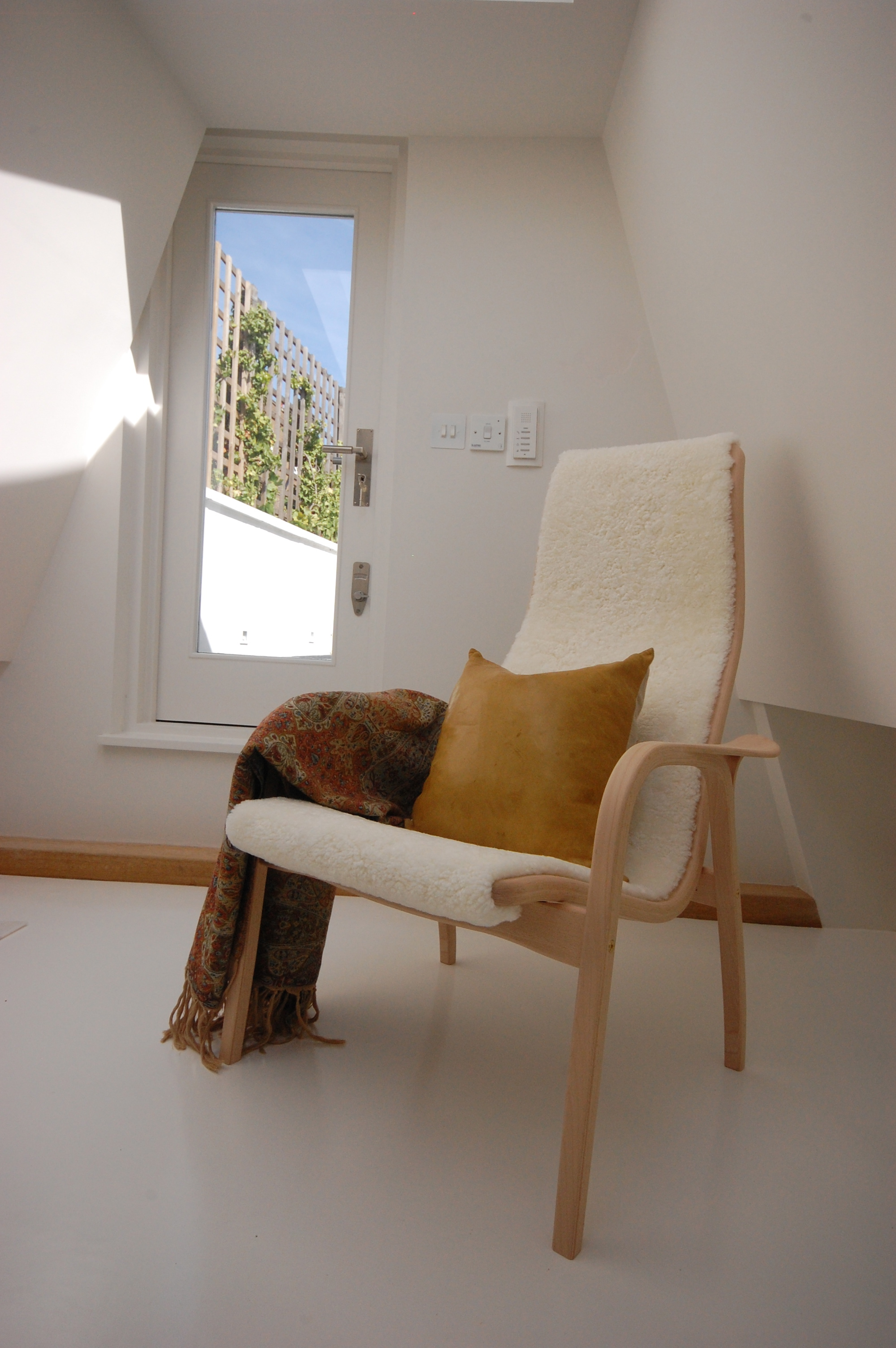 creativemass - mezzanine, roof terrace, glazing, light, mews house, London