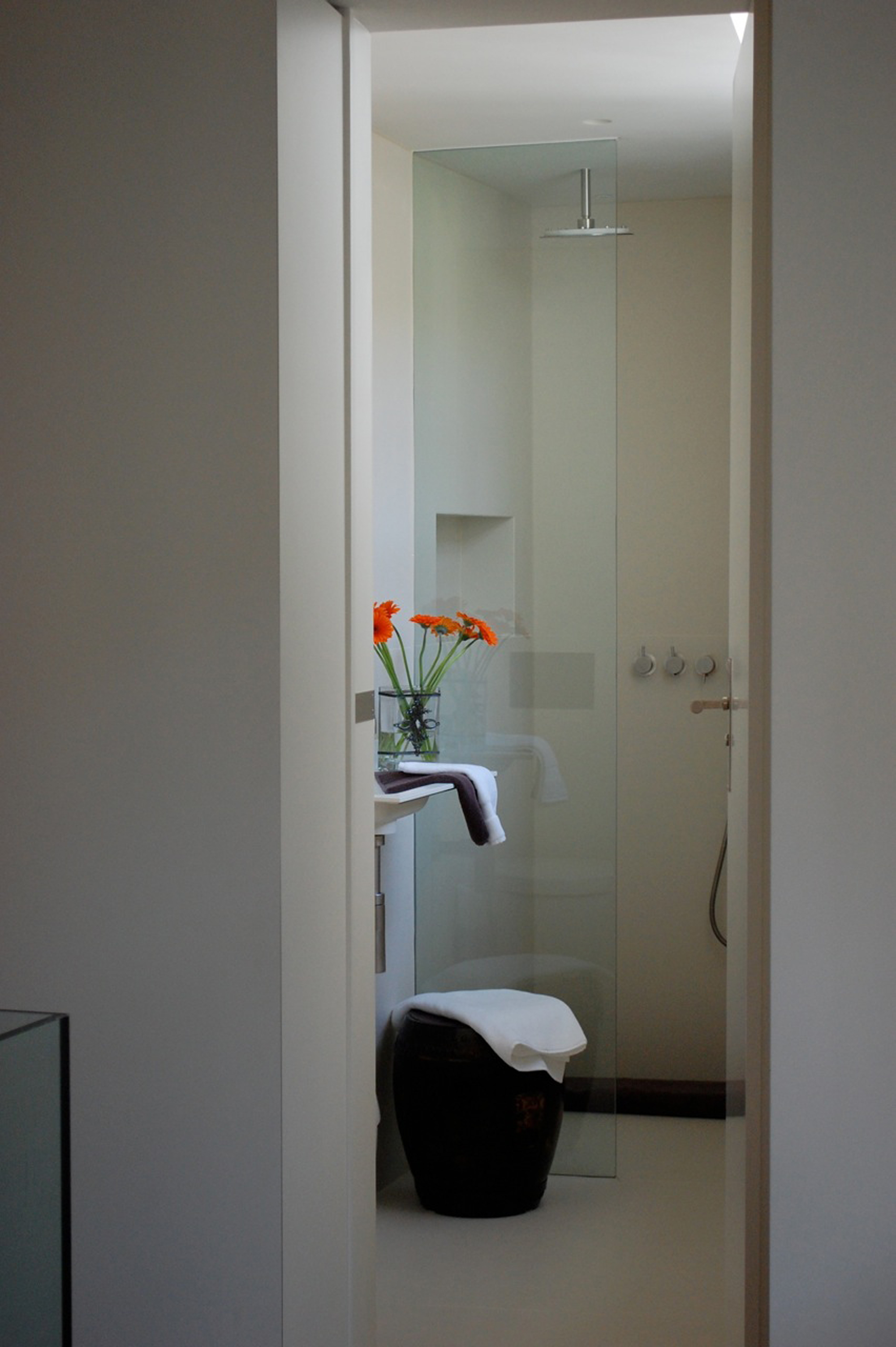 creativemass - bathroom design, small bathrooms, London